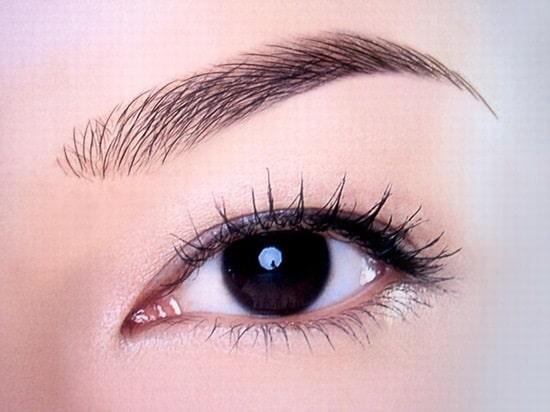 Điêu khắc lông mày cho đôi lông mày sắc nét hoàn hảo hơn