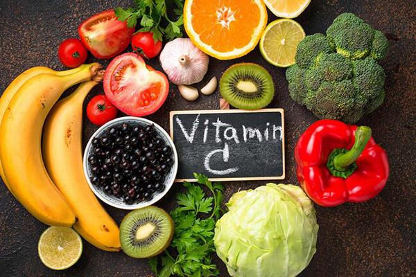 Hoa quả chứa Vitamin C tốt cho việc lên màu sợi Hairstrokes