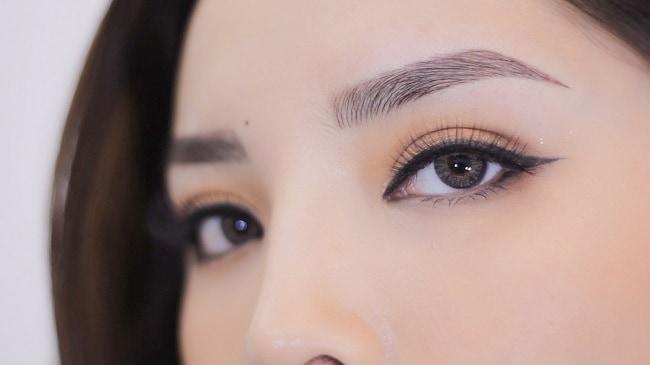 Hoa hậu Kỳ Duyên thực hiện điêu khắc lông mày tại DK Eyebrows & Beauty