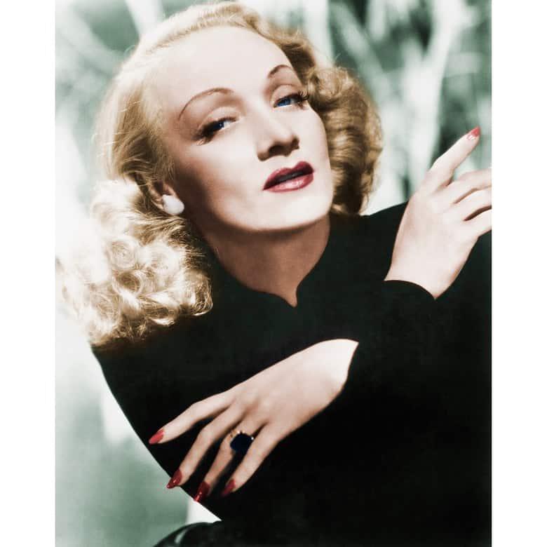 Nữ minh tinh Marlene Dietrich