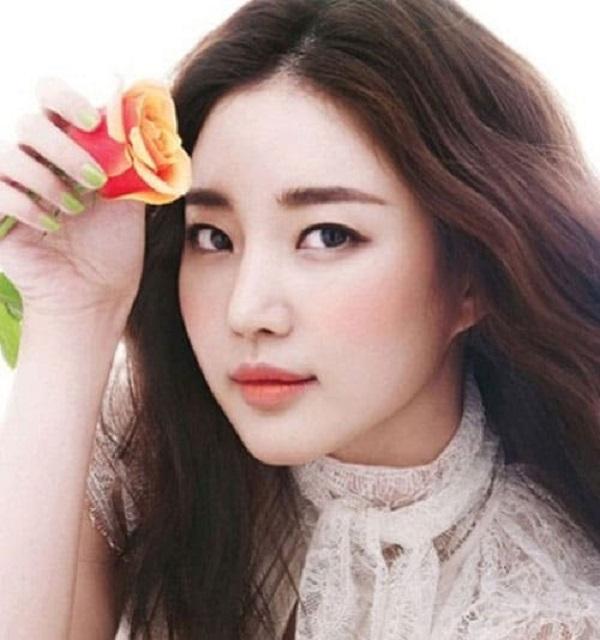Phun thêu lông mày ngang Hàn Quốc